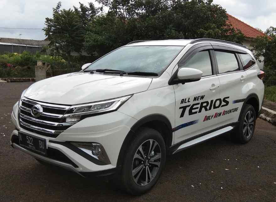 News picture End of Year Car Discounts 2018, Terios Discounts up to IDR 6 Million.