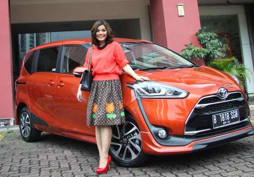 Jauhnya Perbandingan Harga Toyota Sienta Bekas Dengan Freed Pt Jba Indonesia